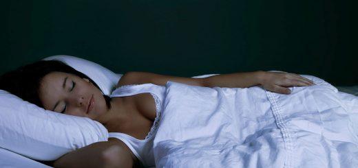 Hason alvás - Egészséges vagy káros?